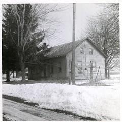 Shaw building (bumanns) Tags: ohio centerburg shaw farm montral charlotte hatch