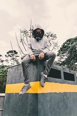 No puedo respirar ☢ Instagram: @jorgeiboy23 (Jorgeiboy23) Tags: kingdom aymetrical visual games guatemala instagram nikon photography apocalipsis apocaliptica dark urban
