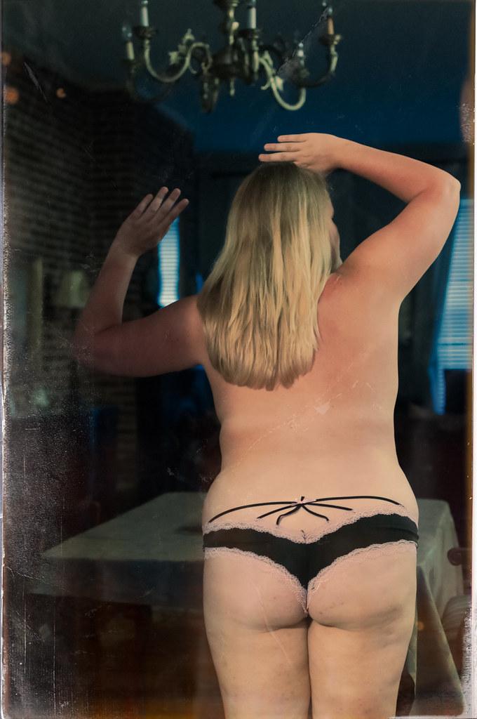 sexy hot pussy cum shot