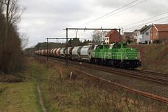 Railtraxx 6484 @ Linkhout (Peter Van Gestel) Tags: lijn ligne 35 reeks serie 6400 railtraxx linkhout