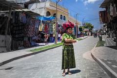 Guatemalans (JAIRO BD) Tags: guatemala mulher woman guatemaltecas