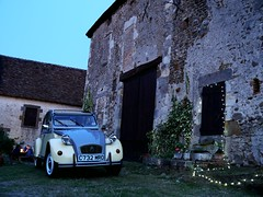 2cv in France (C.Elston) Tags: 2cv 2cv6 dolly citroen france chateau deuxchevaux deudeuche