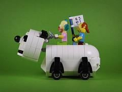 nEO_IMG_DOGOD_Panda car_02 (DOGOD Brick Design) Tags: pingpongclub japan love comics lego moc brick taiwan dogod ianhou 稲中卓球社 稲中卓球部 去吧稻中乒團