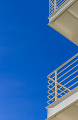 blue and white (Robert Borden) Tags: rail railing white blue la losangeles lalaland getty thegetty gettycenter thegettycenter museum skyward canon canonrebel canonphotography canonphotographer california cali socal usa west northamerica architecture