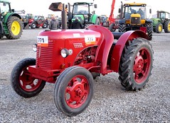David Brown Cropmaster 63 (samestorici) Tags: trattoredepoca oldtimertraktor tractorfarmvintage tracteurantique trattoristorici oldtractor d25 d30
