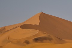 Climbing Big Mammy, the second highest dune (after Big Daddy) in the Namib-Naukluft National Park en route to Sossusvlei), Namib Desert, Namibia, 26 Jun 2017 (ctmlondon) Tags: africa namibia scenery canon canon80d namibiadesert namibianaukluftnationalpark desert dunes sand