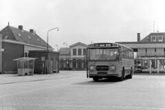 Bus naar Halle (Tim Boric) Tags: doetinchem keppelseweg busstation bus autobus gsm gtw leyland hainje garage remise tramstation ruimzichtlaan abri wachthuisje shelter