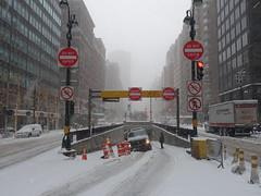 201801019 New York City Murray Hill (taigatrommelchen) Tags: 20180101 usa ny newyork newyorkcity nyc manhattan midtown murrayhill snow urban city street sign explore