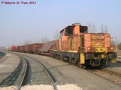 D145 e ferro (Di Trani Roberto) Tags: ravenna09022011 d145 1018 pronta partire dal fascio lavaggi di ravenna con una tradotta mista carri per porto san vitale