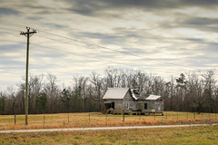 Abandoned farm home - Townville, S.C. (DT's Photo Site - Anderson S.C.) Tags: canon 6d sigma 50mm14 art lens upstate townvillesc southcarolina abandoned disappearing vintage deterioating vanishing rural country roads fields hiway rustic southernlife southern america usa landscape home house
