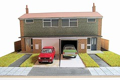 Modern semi-detached houses (kingsway john) Tags: semd modern semidetached houses card kit kingsway models oo gauge fiesta cortina ford