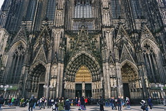 The Majestic Cathedral (P Sakti Pratiwi) Tags: euro eurotrip holiday christmas new year traveling travel solo wanderlust sony a6000 landscape cityscape building architecture park cathedral