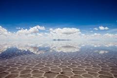 Salar de Uyuni (Jhaví) Tags: salardeuyuni bolivia cielo sky reflections agua water reflejos paisaje landscape triptravel viajar