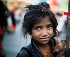 India (mokyphotography) Tags: india rajasthan bikaner ritratto ragazza reportage canon child eyes occhi bambina mercato market people portrait persone picture travel