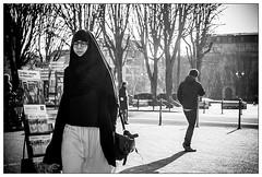 DSCF4875.jpg (srethore) Tags: street bw candid people noiretblanc photoderue meike 35mm