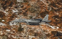 THE BOSS (Dafydd RJ Phillips) Tags: ln202 ln 202 f15 f15e eagle strike commander 48th fighter wing loop mach snowdonia wales snow backdrop lakenheath afb base force air usaf united states usa america low level jet combat military aviation mission markings