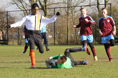 "HBC Voetbal • <a style=""font-size:0.8em;"" href=""http://www.flickr.com/photos/151401055@N04/40186326422/"" target=""_blank"">View on Flickr</a>"