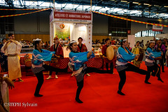 Japan Expo 2017 4e jrs-401 (Flashouilleur Fou) Tags: japan expo 2017 parc des expositions de parisnord villepinte cosplay cospleurs cosplayeuses cosplayers française français européen européenne deguisement costumes montage effet speciaux fx flashouilleurfou flashouilleur fou manga manhwa animes animations oav ova bd comics marvel dc image valiant disney warner bros 20th century fox star wars trek jedi sith empire premiere ordre overwath league legend moba princesse lord ring seigneurs anneaux saint seiya chevalier du zodiaque