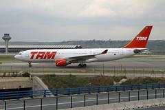 PT-MVE A-330-223 TAM (ChrisChen76) Tags: madrid a330 a330223 tam brazil