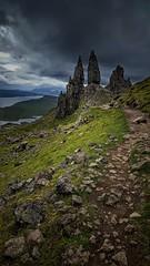 Bodach an Stòir (Mark.L.Sutherland) Tags: oldmanofstorr bodachanstòir thestorr skye isleofskye island rockformation scotland highlands scottishlandscape dark westcoast uk unitedkingdom britain