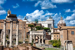 Regreso al pasado. Roma. (Miguel Angel SGR) Tags: roma rome italy italia foro forum historia history monumento monuments monumentos ruins ruinas imperio imperium ciudad city cityscape travel trips turismo tourism touring tourist tour viajes viajar journey viaje sky skyline cielo clouds antique antiguo nikon nikond7200 d7200 europa europe building architecture arquitectura miguelangelsgr miguelonphotography arte art