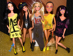 👭💎Meninas prontas pra curtir💎👭 (FranBoy Monteiro) Tags: doll dolls toy toys boneco bonecos boneca bonecas cute pretty beauty love amor fashion fashionista fashionistas moda outfit clothes look model models gay gayguy guy boy fun diversão cool handsome awesome barbie ken liv livdoll livdolls fashiongirls