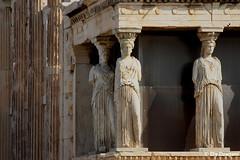 Athens, Greece (mividaenpostales) Tags: cariátides atenas athens grecia greece canon acropolis caryatides arquitectura architecture monumento monument esculturas sculptures erecteion europa europe