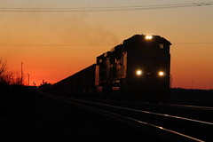 UP 8500 Take 3 (CC 8039) Tags: up trains sd70ace ac44cw sunset rochelle illinois