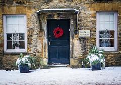 Reubens cottage (judy dean) Tags: 2018 cottage plants wreath judydean windows stowonthewold door snow
