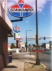 Standard-Amoco, 1995 (STUDIOZ7) Tags: standard oil amoco gas gasoline station service 1990s 90s ninties minnesota mn stpaul twincities automobiles cars petroliana kfc