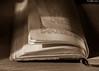 """9/28-2018 : """"Le temps passe. Ah, si on pouvait le regarder passer. Mais hélas, on passe avec lui."""" (odilecuvit) Tags: livre vieux pages chapitre vie temps book end fin page chapter life time"""