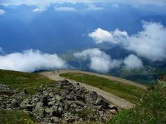 Über den Wolken (michaelschneider17) Tags: österreich reisen kultur wandern berge
