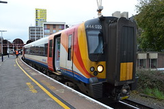 South Western Railway Desiro 444032 (Will Swain) Tags: guildford station 13th october 2017 train trains rail railway railways transport travel uk britain vehicle vehicles country england english portsmouth southsea south western desiro 444032 class 444 032 32