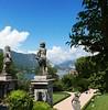 Statuaire D'Isola Bella (buch.daniele) Tags: danielebuch statuaire pierre arbre fleurs lac majeur isola bella italiedunord anges montagnes