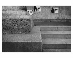 (bruXella & bruXellus) Tags: résistance christianboltanski hausderkunst münchen munich germany allemagne deutschland blackandwhite bnw monochrome