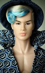Close-up (Deejay Bafaroy) Tags: fashion royalty fr doll puppe homme male tate integrity toys it industry tatetanaka stylelab wonderland fairytale convention hat hut blue blau porträt portrait