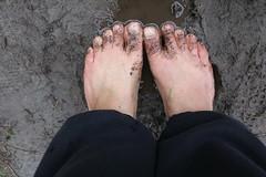 IMG_1239 (bfe2012) Tags: barefoot barefeet barefooting barefooted barefooter barefoothiking barefootlifestyle feet dirtyfeet toughsoles
