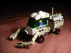 FebRovery 2018 - Rover #78 (Crimso Giger) Tags: lego vehicle rover febrovery legofebrovery legorover legovehicle space moc legospacevehicle legovehicule legovehiculespatial legospace legoespace febrovery2018 classicspace neoclassicspace cs legoclassicspace legocs