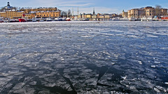 Ice and snow in Stockholm: the islands Skeppsholmen and Blasieholmen (Franz Airiman) Tags: stockholm sweden scandinavia is ice snö snow winter vinter minusgrader freezing isflak icefloe