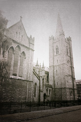 Dublin (alice 240) Tags: monochrome ireland dublin architecture europa urban europe textur church travel alice240 atelier240art sepia alicealicjacieliczka ngc nationalgeographic vintage retro tourism poetry nikon flickr cinema film dream magic capitale light yourbestoftoday
