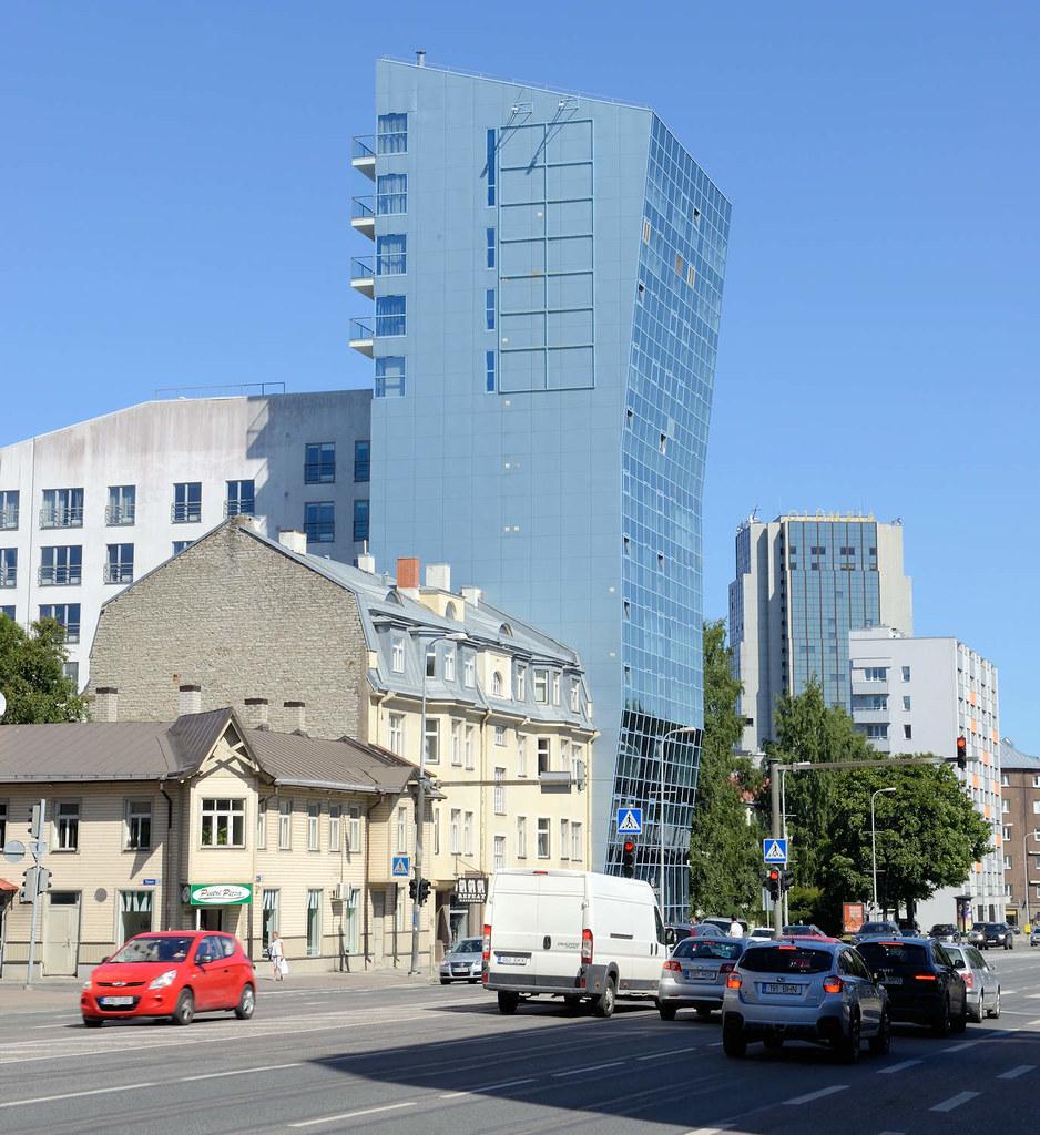 beautiful dsc historische und moderne architektur in der strae liivalaia in tallinn alt with moderne erker