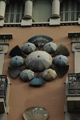 036A5056 (zet11) Tags: barcelona street architecture details buildings decorating