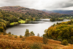 Grasmere - Lake District (Keith in Exeter) Tags: grasmere lake water lakedistrict nationalpark cumbria forest woodland trees mountain hill bracken landscape cloudy sky island