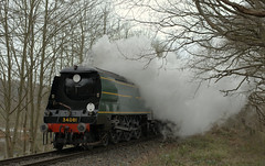 34081 Battle of Britain class 92 Squadron (andrewfarmer1) Tags: severnvalleyrailway severnvalley railway steam steamengine locomotive train trains 34081 windy spring 2017