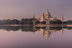 Victoria Memorial, Calcutta (Peter Quinn1) Tags: sunrise kolkata calcutta victoriamemorial westbengal india reflections कोलकाता पश्चिमबंगाल प्रतिबिंब उद्यान