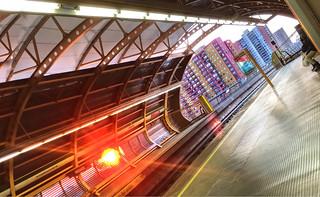(MI) Mirador Metro Station