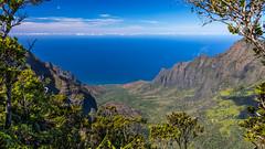 Na Pali (Explored) (Fret Spider) Tags: napali kauai hawaii wilderness nature park preserve coast sea mist myst sunbeam forest jungle cloud sky ocean pacific vacation canoneos5dmarkiv canonef2470mmf28liiusm dslr hike outside outdoors