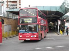 9819 - LG52 XYO. Formally numbered TA119. (wagn1) Tags: dennistrident alexanderalx400bodywork abellio abelliolondon travellondon nationalexpress connex connexbus transportforlondon tfl londontransport londonbuses buses canadawater london
