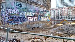 19 Paris Janvier 2018 - Rue d'Hautpoul (paspog) Tags: paris france janvier 2018 ruedhautpoul chantier fresque fresques tags graffitis mural murals