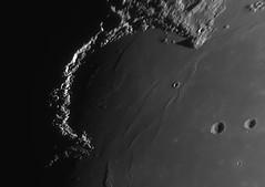 2018-02-25 20-05UT Sinus Iridum - Jewelled Handle (Roger Hutchinson) Tags: sinusiridum jewelledhandle moon space astronomy astrophotography london celestronedgehd11 asi174mm powermate televue